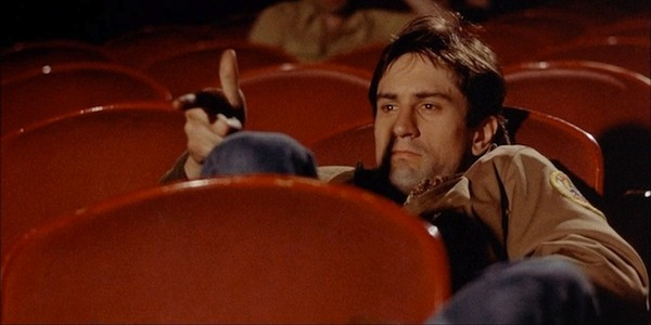 10 MOVIES WHERE THE MAIN CHARACTER IS HORRIFYINGLY ALONE